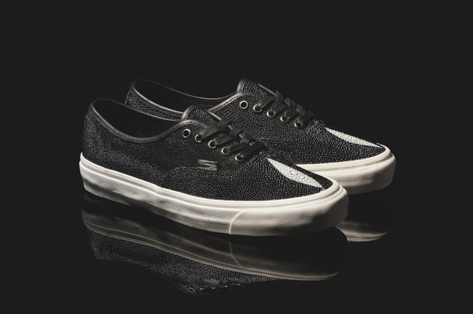 vault-by-vans-authentic-stingray-leather-2